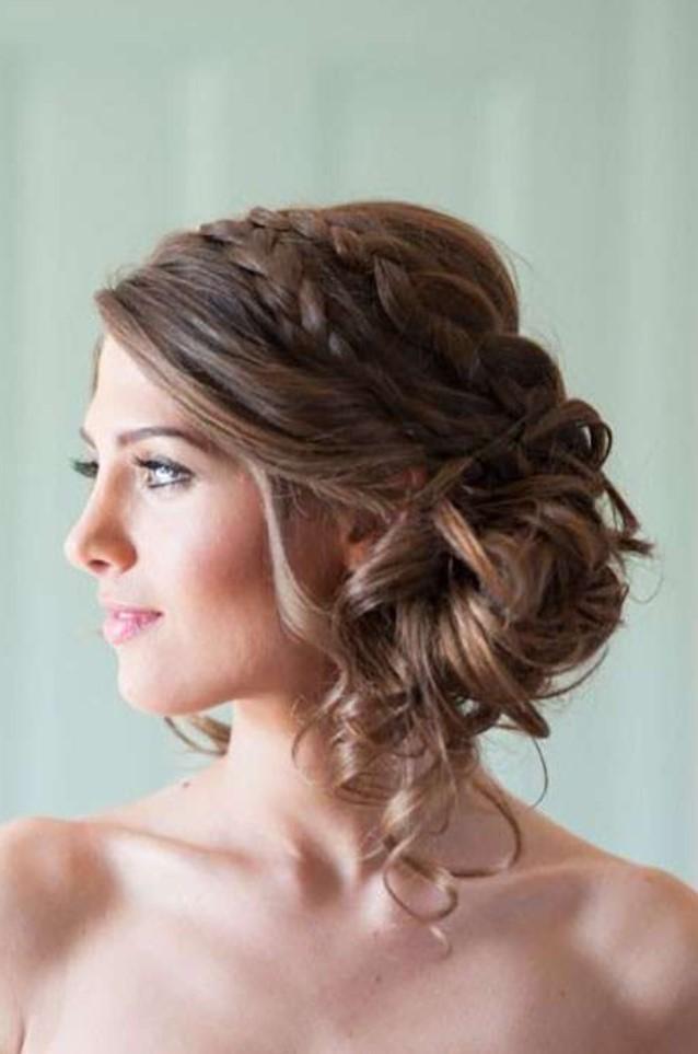 Uzun Saçlar için Abiye Üstü Örgülü Saç Modelleri