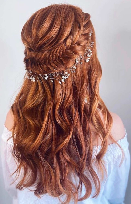 Uzun Saçlar için Kır düğünü saç modelleri